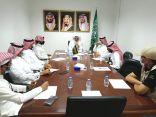 متابعة محافظ محايل المكلف العاصمي يترأس اجتماع اللجنة التنفيذية لليوم الوطني