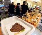 """مهرجان أبها للتسوق يحول """" متذوق القهوة """" إلى مستثمر"""