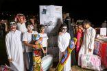 """""""أيتام عرعر """" يزورون جناح جمعية الثقافة والفنون المشارك بـ"""" الفانوس الرمضاني"""" بعرعر"""