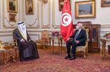 رئيس الجمهورية التونسية يستقبل رئيس البرلمان العربي مؤكدا دعمه للبرلمان في تعزيز العمل العربي المشترك